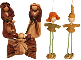 Corn husk and orange peel Christmas ornaments and nativities - fair trade.